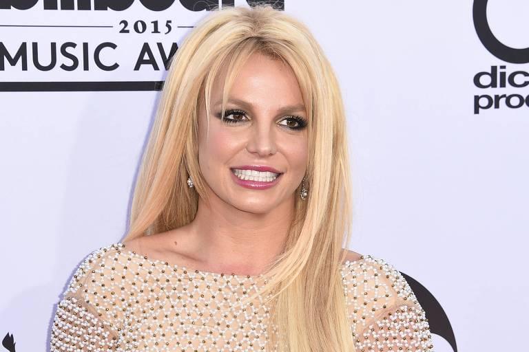 Britney Spears tenta tranquilizar fãs e diz que vive a fase mais feliz da sua vida