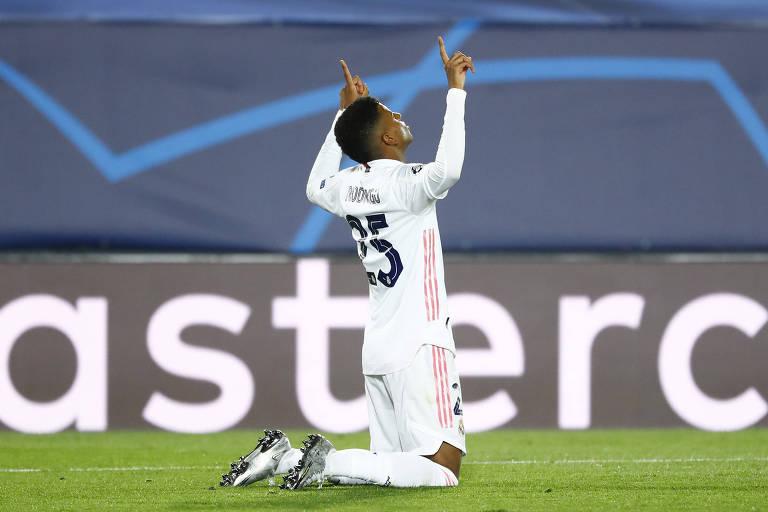 Rodrygo sai do banco e salva o Real Madrid na Champions League