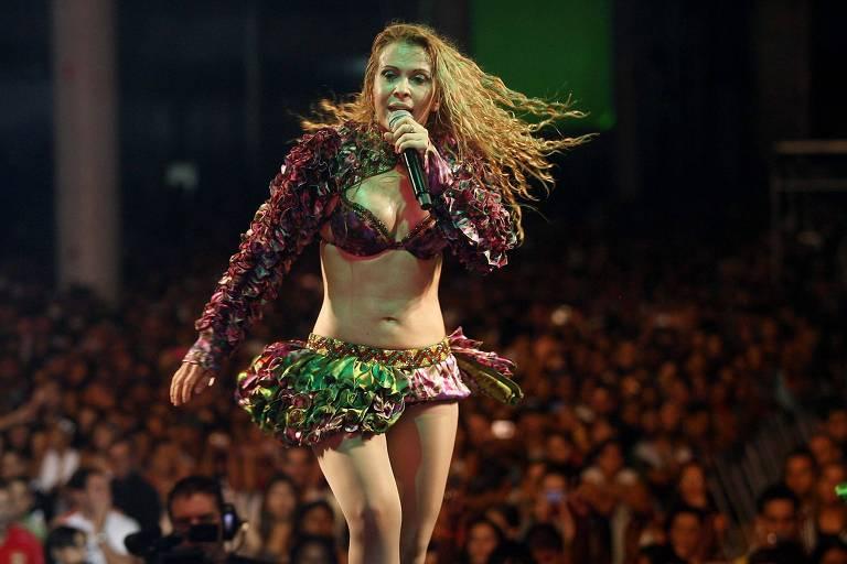 A cantora Joelma durante show promovido pelo Sindicato dos Garis, no Anhembi, em São Paulo (SP)