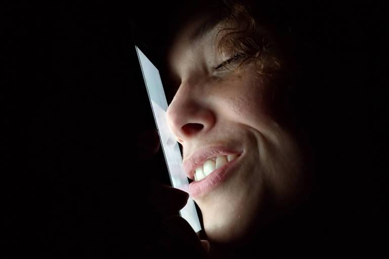 A atriz Bárbara Salomé integra o elenco de ExReality, espécie de reality show criado pela ExCompanhia de Teatro