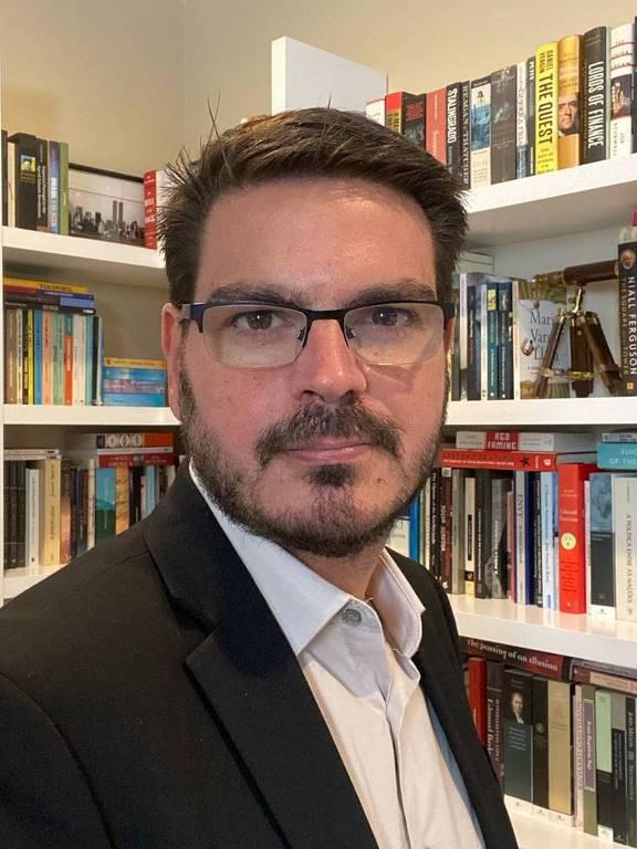 Imagens do escritor Rodrigo Constantino