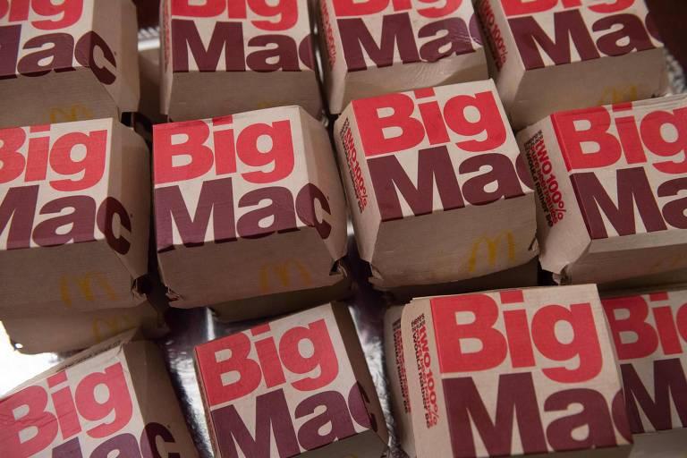 """Caixas de lanche estampam termo """"Big Mac"""""""