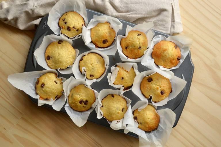 Delicioso muffin de coco com chocolate