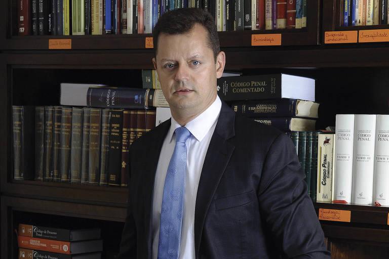O advogado Cláudio Gastão da Rosa Filho, que defende o empresário André Aranha em processo de estupro