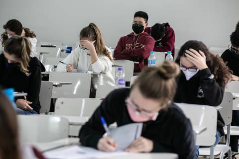Piora da pandemia leva Unesp a adiar 2ª fase do vestibular