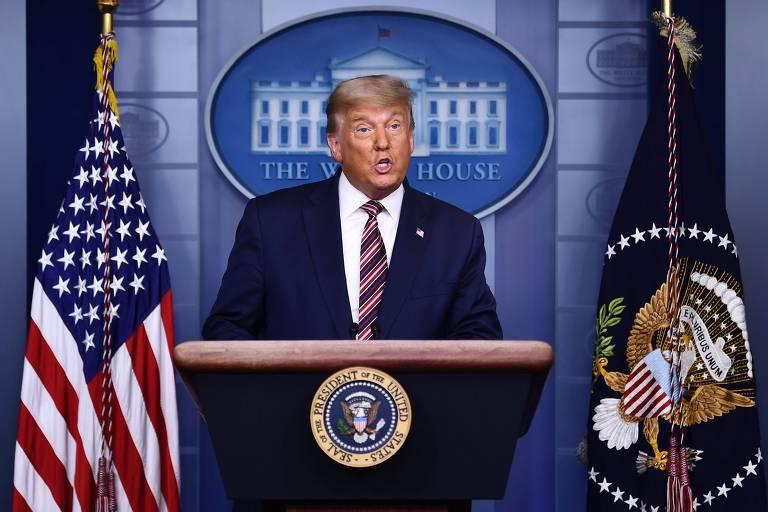 O presidente Donald Trump durante discurso na Casa Branca na última quinta (5) no qual afirmou, sem apresentar provas, que houve fraude na eleição