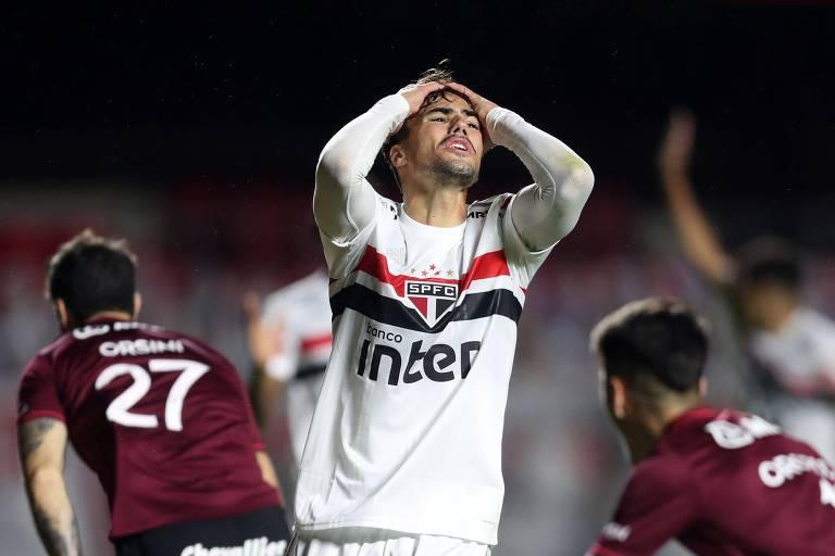 Semana desastrosa de Corinthians, Santos e São Paulo deve ter reflexo nas urnas