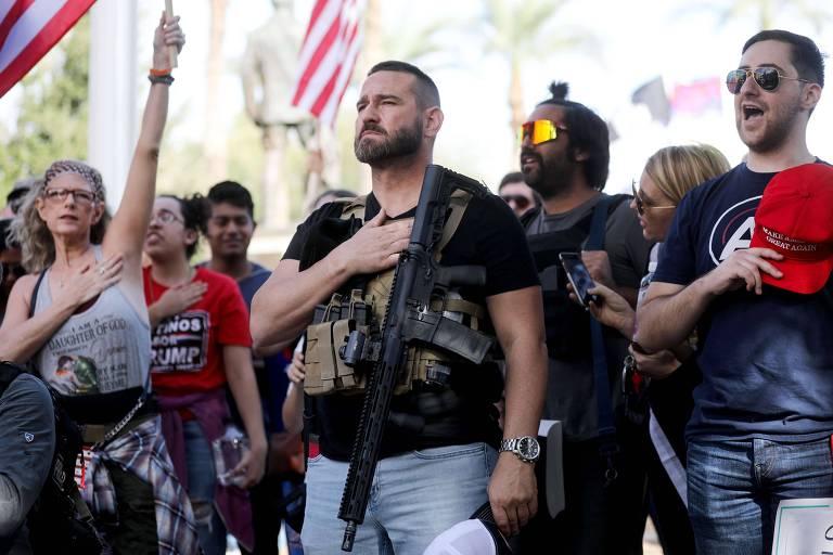 Apoiadores de Donald Trump lamentam derrota e mantêm protestos nos EUA