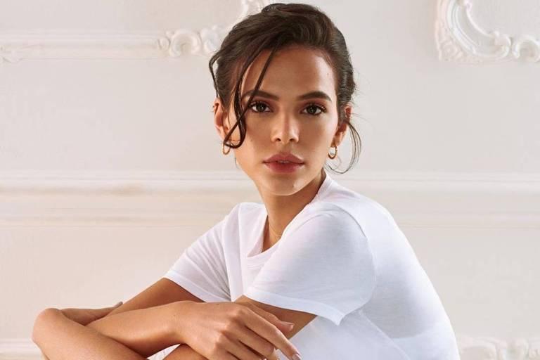 Bruna Marquezine diz que não aguenta mais responder perguntas sobre namoro