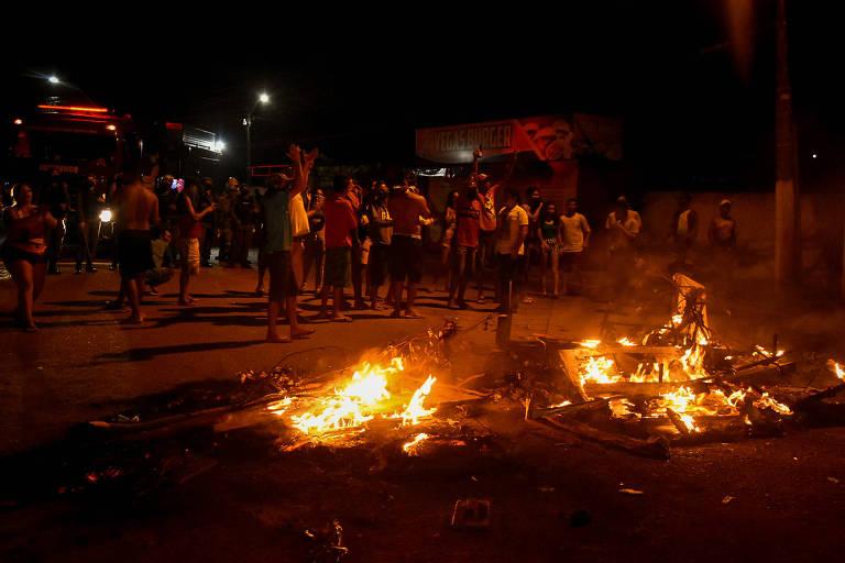Crise de energia no Amapá, apagão em Macapá. protestos no bairro de Santa Rita em 07 de novembro de 2020(Foto: Rudja Santos/Amazônia Real)