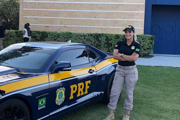 Silmara Miranda comemora ter se tornado agente da Polícia Rodoviária Federal