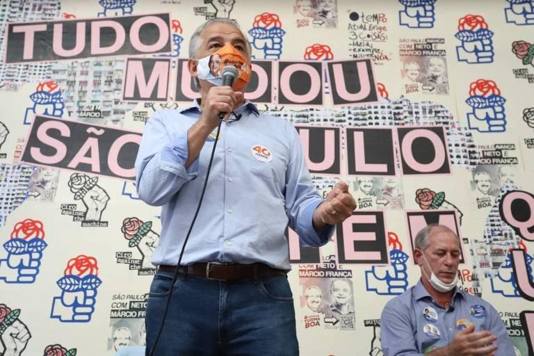 9.11.2020 - O candidato a prefeito Márcio França (PSB) em evento de campanha com o ex-presidenciável Ciro Gomes (PDT), na Barra Funda, em São Paulo