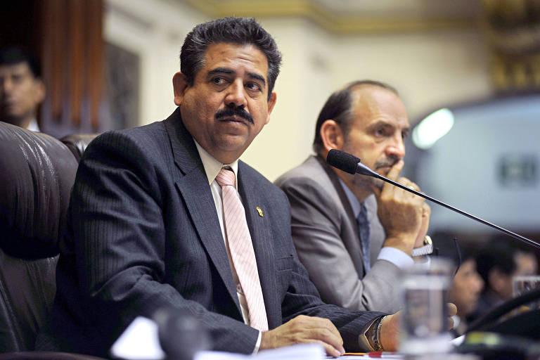 Investigado por tráfico de influência, novo presidente do Peru é parlamentar inexpressivo