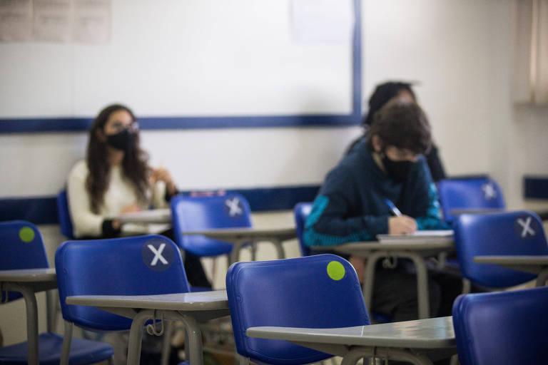 Podcast mostra por que jovens abandonam o ensino médio
