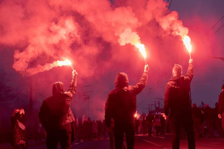 Nacionalistas fazem marcha na Polônia