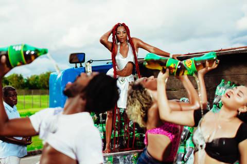 FOTOS EMBARGADAS ATÉ DIA 12.NOV.2020 AS 12HS FOTOS EXCLUSIVAS  F5 Ludmilla fez a gravação de seu mais novo clipe, Rainha da Favela, na comunidade da Rocinha, no Rio de Janeiro, o clipe foi  todo ambientado no local e deverá homenagear as rainhas do funk