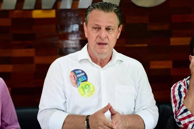O senador Carlos Fávaro fala no Sindicato das Indústrias Madeireiras do Noroeste do Mato Grosso do Sul, na cidade de Juína