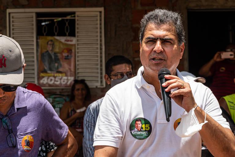 O prefeito Cuiabá, Emanuel Pinheiro, que disputa a reeleição, em reunião no distrito de Aguaçu