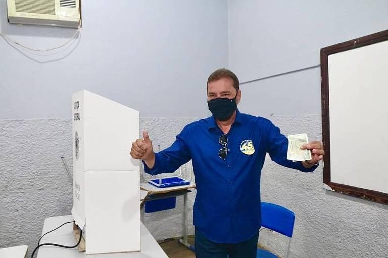 Hildon Chaves, prefeito de Porto Velho e candidato à reeleição, durante a votação