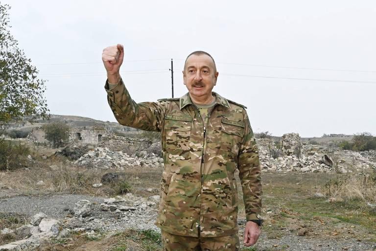O presidente azeri, Ilham Aliyev, celebra reconquista dos distritos de Fuzuli e Jabrayil