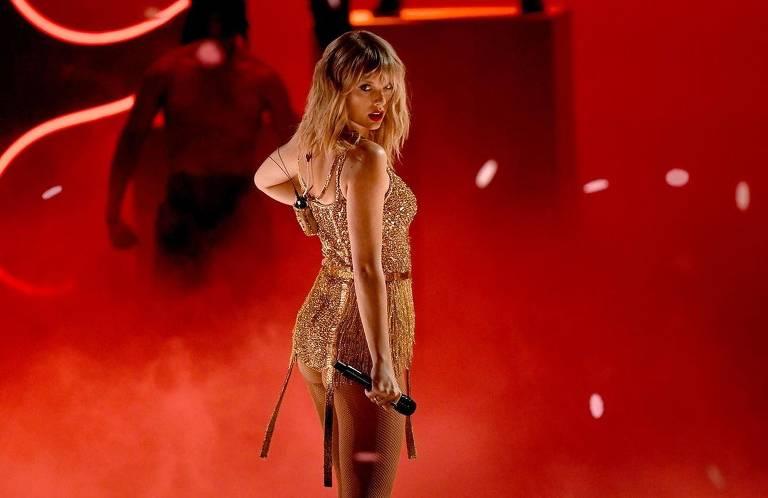 Imagens da cantora Taylor Swift