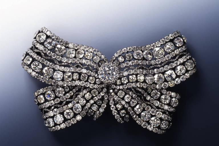 Laço de diamantes