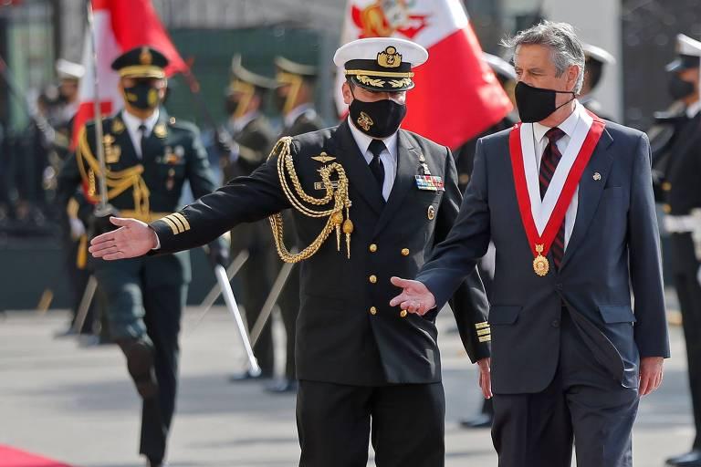 Quarto presidente em 4 anos, Sagasti assume no Peru e diz que vai priorizar eleições limpas