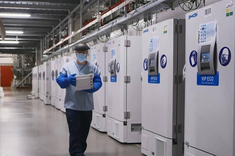 Brasil não tem ultracongeladores que poderiam armazenar vacina da Pfizer contra Covid - 18/11/2020 - Equilíbrio e Saúde - Folha
