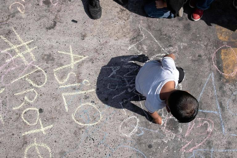 Justiça veta expulsão de crianças imigrantes desacompanhadas nos EUA