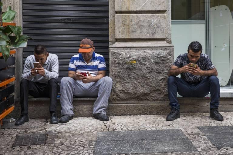 Bancos e fintechs brigam por chaves Pix e oferecem até sorteio de R$ 1 milhão