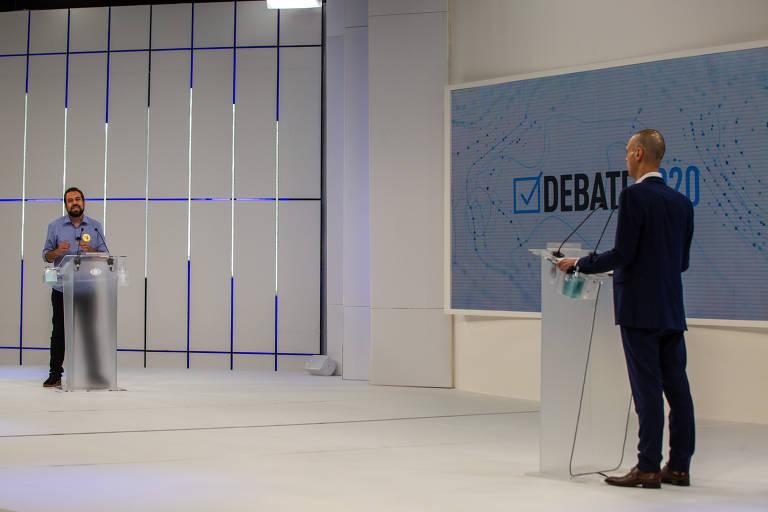 Veja fotos do debate da Band com Covas e Boulos