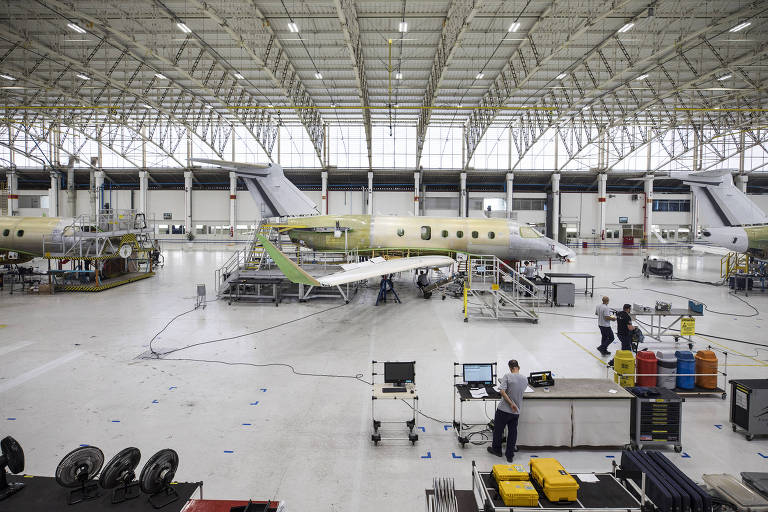 Embraer e EDP Brasil fazem parceria em pesquisa de avião elétrico