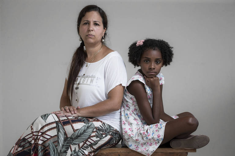 Mariana Mendes relata que a filha Julia, de 8 anos, sofreu racismo na escola