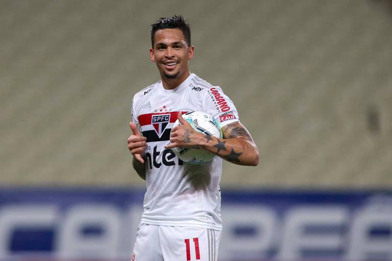 Luciano comemora um dos 18 gols que anotou no último Campeonato Brasileiro