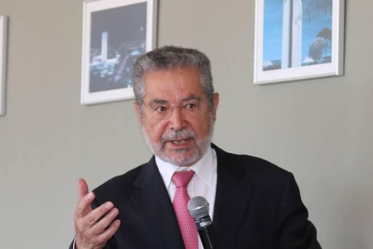 Traços culturais travam reforma administrativa, diz líder português