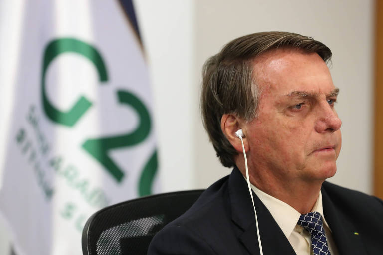 O presidente Jair Bolsonaro participa de encontro virtual do G20