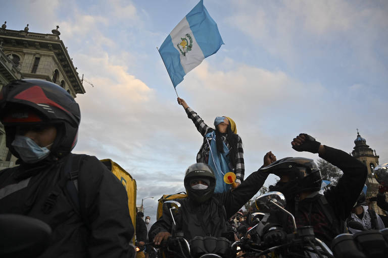 Após onda de protestos, Guatemala suspende envio do orçamento aprovado para 2021