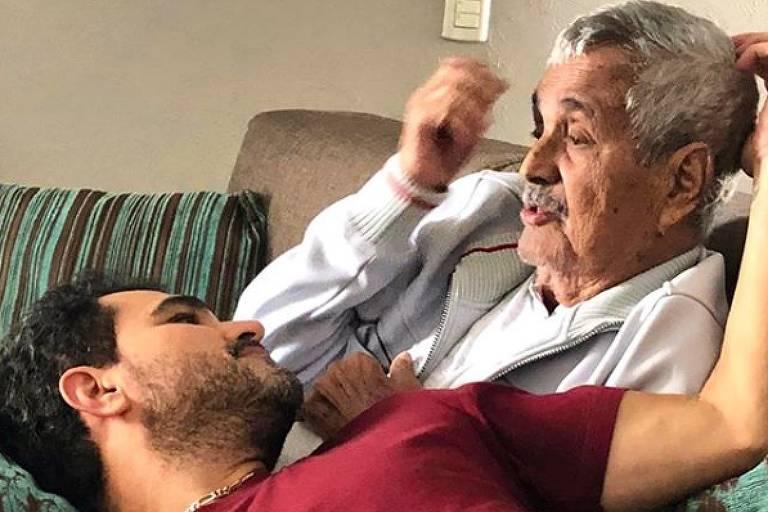 Pai de Zezé Di Camargo e Luciano, Francisco Camargo morre aos 83 anos. | JOÃO BIOTT