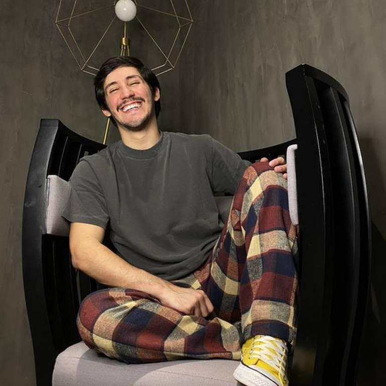 'Comecei a gravar vídeos para o TikTok após ficar sem trabalho na quarentena e hoje vivo disso'