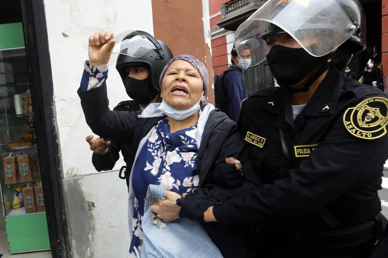 Novo presidente do Peru anuncia reforma da polícia após repressão de manifestantes