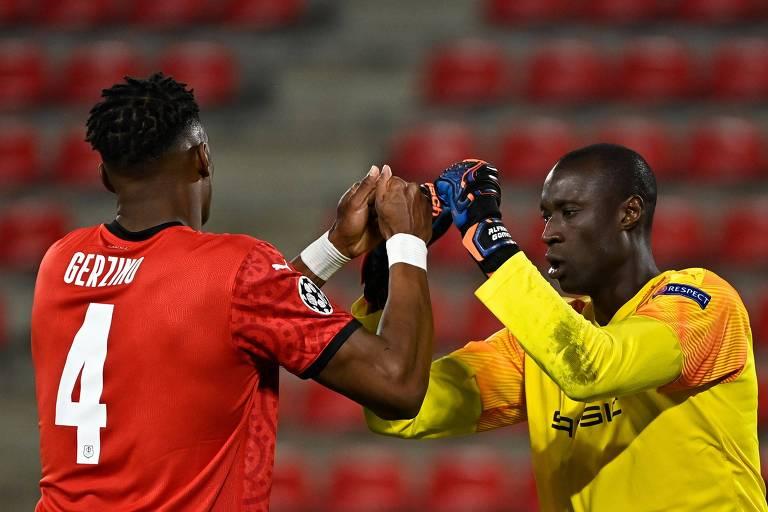 Alfred Gomis substituiu Mendy no Rennes; a França tem a liga com mais goleiros negros na elite europeia