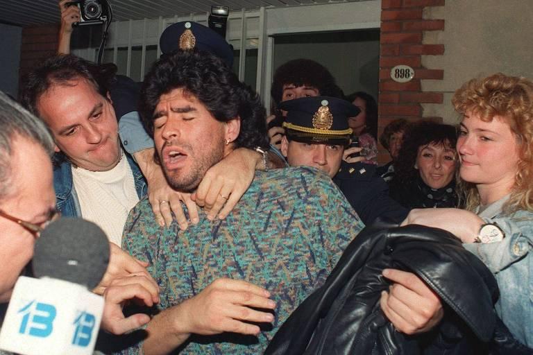 Maradona chegou a ser preso com cocaína na Argentina