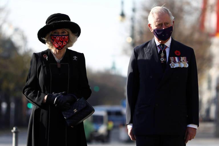 O príncipe Charles e a duquesa Camilla durante evento em Berlim