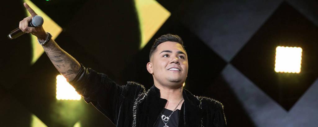 Felipe Araújo, cantor