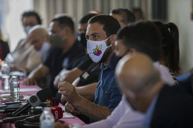 Guilherme Boulos (PSOL) se encontra com servidores públicos da área de segurança na última terça (24)