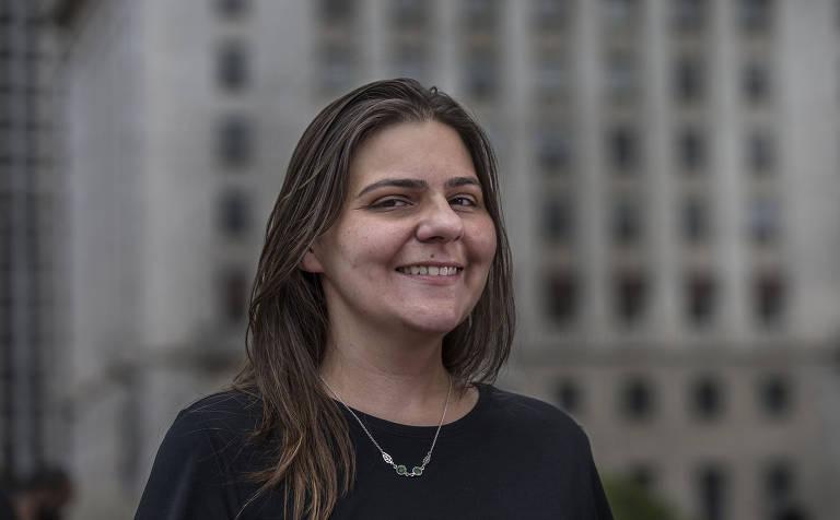 Esta é Natalia Szermeta, líder do MTST e esposa de Guilherme Boulos