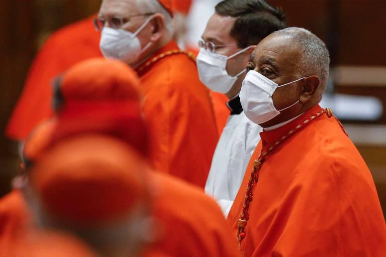O agora cardeal Wilton Gregory durante cerimônia de nomeação, no Vaticano