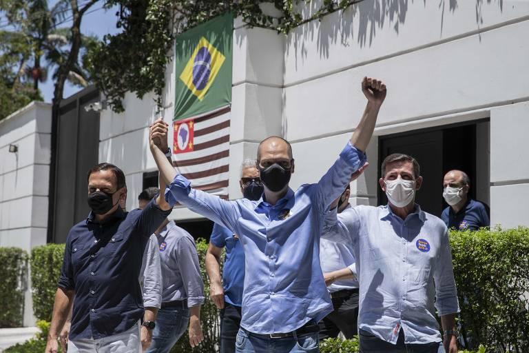 Veja os principais políticos votando no 2º turno no  Brasil
