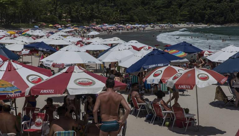 Movimentação no litoral de SP em dia de 2º turno das eleições para prefeito