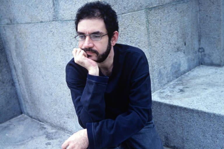 Renato Russo: 25 anos sem o poeta do rock brasileiro